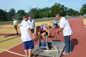 Ponad Stu Zawodników Wzięło Udział W Zawodach Lekkoatletycznych Sportowców Niepełnosprawnych (44)