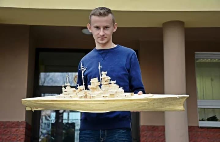 Modele Z Zapalek Grzegorza Trzmielewskiego 10