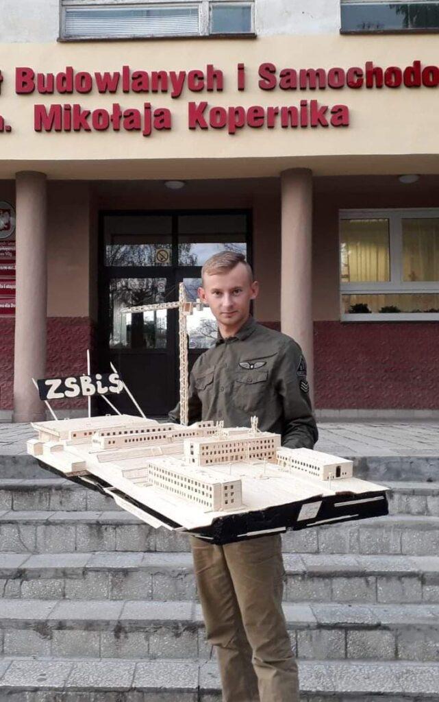 Modele Z Zapalek Grzegorza Trzmielewskiego 30