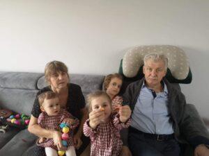 Czesław Mazurek Z żoną I Wnukami