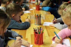 Rozpoczyna się rekrutacja do gminnych szkół i przedszkoli. Fot. Pixabay.